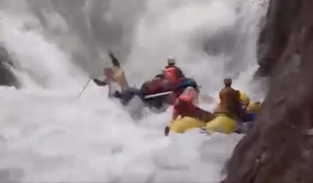 Russian rafting carnage