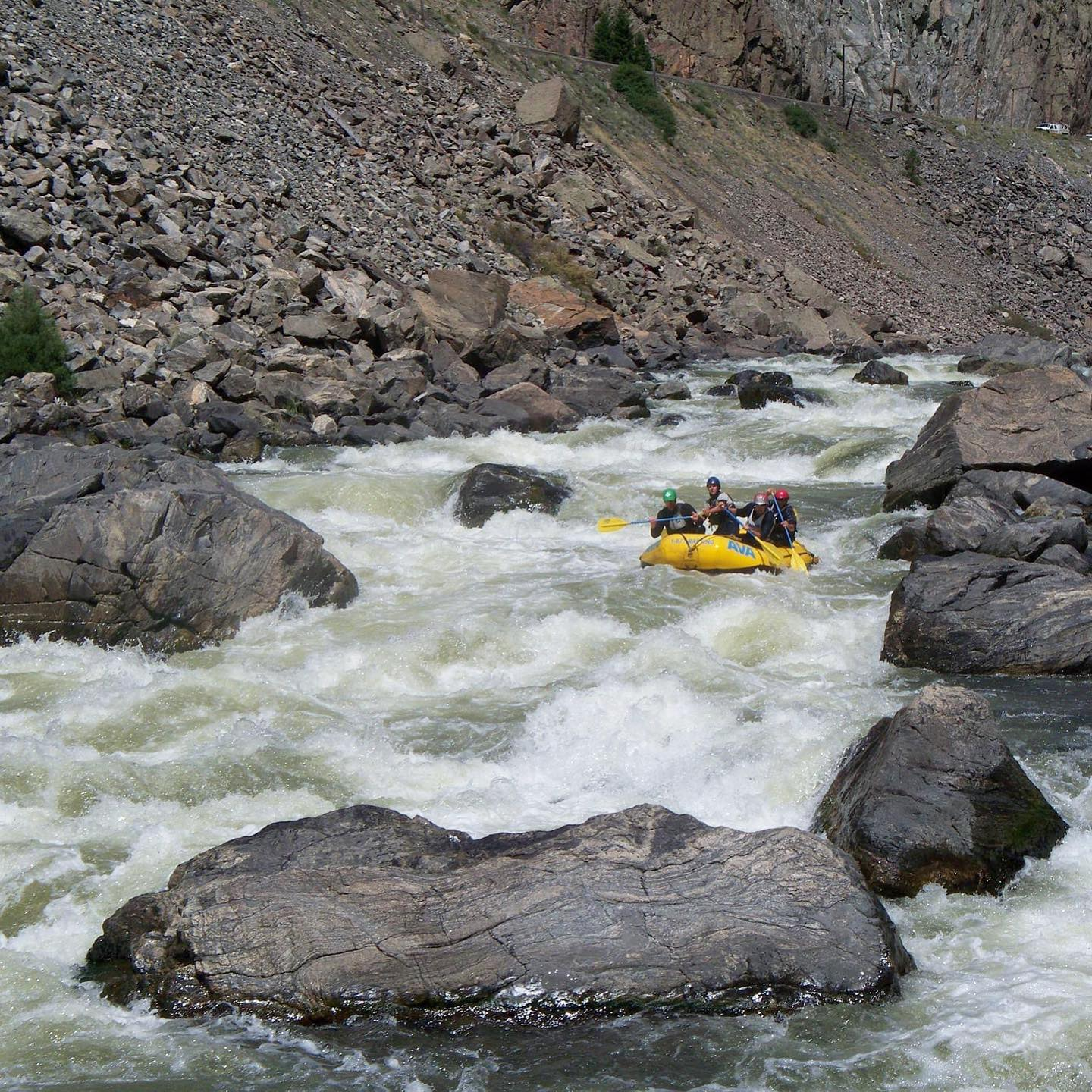 Rafters making their way down Gore Rapid.